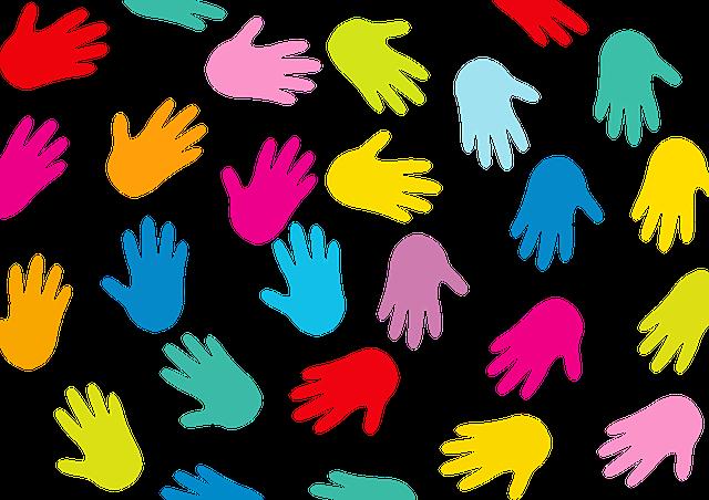 barevné ruce