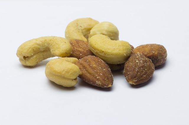 kešu ořechy a mandle